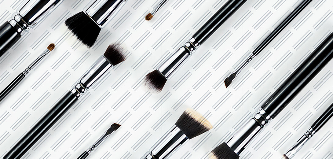 makeup brushes pattern